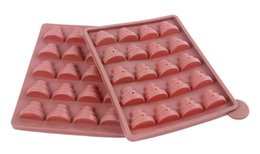 Wholesale 3 layer with plastic bar wands small pyramid lollipop mold silicone cake mold food moulds supplies