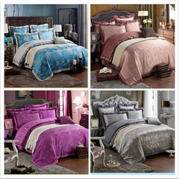 Wholesale Luxury chinese silk duvet covers queen king size embroidered pillow cushion cover wedding bedding sets Full Sheets