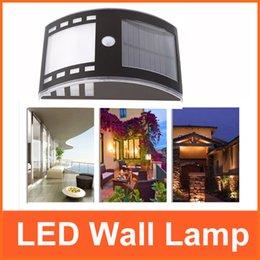 Wholesale Home Illumination Wall Lamp Solar PIR Sensor Wall Light for Garen Door Entrance Pathways Patios Warm White White Stainless Steel L0354