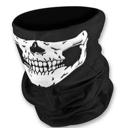 Wholesale Multifunctional Seamless Magic Scarf Variety Warm Halloween Cosplay Bicycle Cs Ski Headwear Skull Half Face Bandana Party Mask in stock