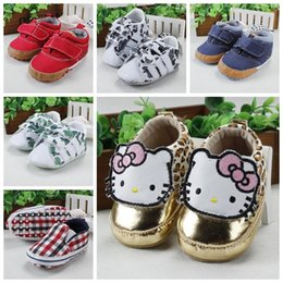 Wholesale-2015 Comfortable Newborn Shoes Breathable Fashionable Baby Shoes Cute Appearance Soft Bottom Toddler Shoes