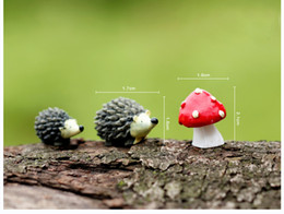 Wholesale Sets resin hedgehog and mushroom miniatures lovely animals fairy garden gnome terrarium decoration crafts