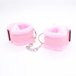 w1028 Fun novelty toy sexy plush hand cuffs novelty hand cuffs sex products