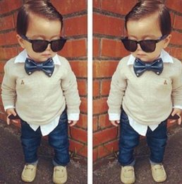 Wholesale New Handsome Boy Sets Bow Tie Bear Long Sleeve T shirts Jeans Casual Sets Y