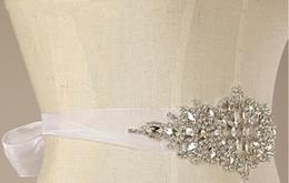 2016 mariage strass robe de cristal 2015 Accessoires de mariage à la main Sash pour Robes de mariée Cristaux Superbes Strass Ceinture pour accessoires de mariée nouvelle conception de mode bon marché mariage strass robe de cristal ventes