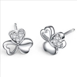 fashion lucky 925 sterling silver clover design stud earring for lady guangzhou high quality lucky jewelry wholesale