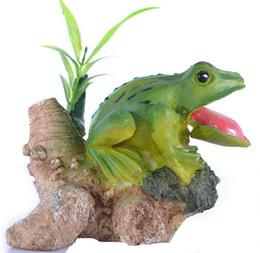 Wholesale Aquarium Landscaping Decoration decoration resin rockery frog aquarium accessories