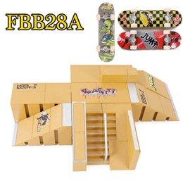 Wholesale FBB28A Professional ABS Finger Skate Board Ramps Scene Medium Size Finger Adult Novelty Mini Deck Toys