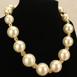 Wholesale ashion Jewelry Necklace Western Statement European Style Elegant Big Pearls Party Choker Pendant Chain Necklace Pearl