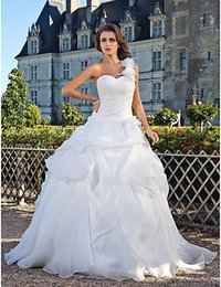 White 2015 Weding Dresses Lace Ball Gown Bridal Gowns With Lace Applique Beads Sleeveless Zipper Back Organza Wedding Gowns