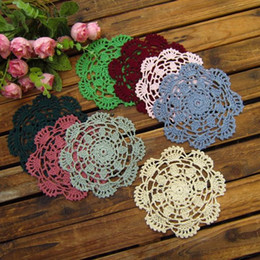 free shipping 30 pic lot colorful round corchet lace doilies led coaster mats flet for home decor cup pad for coffee table pad
