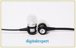 Bruit bleu annulation en Ligne-Ecouteurs intra-auriculaires filaires pour iPhone Samsung Ecouteurs intra-auriculaires intra-auriculaires HTC Mega Bass Noir Rouge Argent Bleu avec MIC