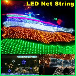 Promotion rgb led net Guirlandes LED lumières LED net avec contrôleur 220V et 110V Lumières rideaux LED 96pcs LED 1.5M * 1.5M 2M pour soirée de mariage