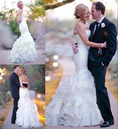 Robes blanches chérie volants de mariage à vendre-2016 Romantique corsage chérie sirène robes de mariée jupe à volants Plus Size mariage blanc ivoire en organza Ruffles Garden Beach Robes de mariée