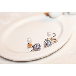 Pearl Earrings For Woman Fashion Bowknot Rhinestone Gilded Jewelry 2015 Korea Studs Ear Piercing Long Earhook Accessories