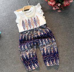 Wholesale Childrens Clothes Set Girls Set Summer Korea Fashion Two piece Sets Ruffles White Cotton Tops T shirt T shirt Pants Kids Set
