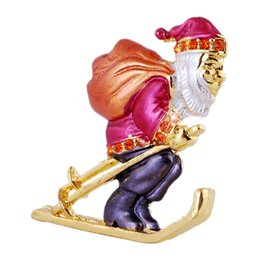 Wholesale Christmas Old Man Brooch Pins snow blowers Christmas Decorations creative Gifts red golden christmas brooch suit for man and woman