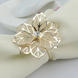 Gold Metal Flower Napkin Rings for Hotel Wedding Banquet Table Decoration Accessories