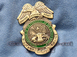 Wholesale US Army military police USARMY collectibles MP copper metal badges badge
