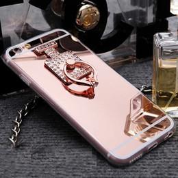 Descuento anillo de metal espejo Nuevo teléfono espejo caso del anillo de metal Fundas Casos TPU suave femenino del Rhinestone de la cubierta de la botella de perfume para Iphone 5 iPhone 6 más
