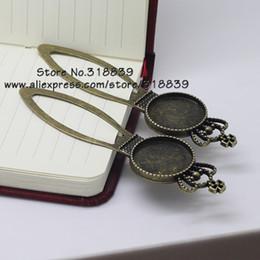 Wholesale 8 pedazos porción El bronce antiguo de la aleación del camafeo Imperial Crown Marcadores mm Configuración Cabochon Ronda joyería Charms blanco