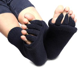 Wholesale Pair GYM Massage Five Toe Separator Socks Foot Alignment Pain Relief