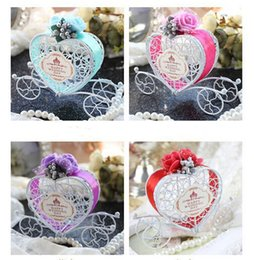 Dedicate Heart-shaped Fairy Tales Carriage Happiness Candies Favor Boxes European Style For Wedding Five Colors Are Optional