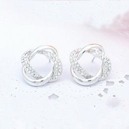 Wholesale Factory Central interlocking earrings crystal earrings Korean temperament European and American fashion jewelry explos