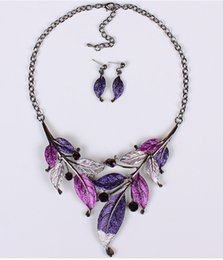 Wholesale 2015 early autumn fashion women jewelry retro colored leaves drip necklace