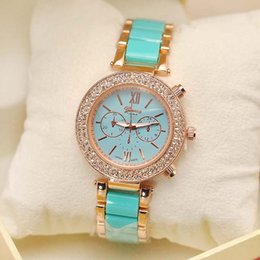 Wholesale TGJW729 Famous stainless steel strap watch Geneva brand new women Wrist Watch with four colors