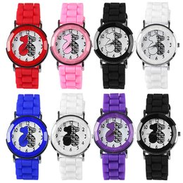 Wholesale-High QualityWomens Girls Watch Little Bear Alphabets Printed Silicone Analog Quartz Wrist Watch 68SE