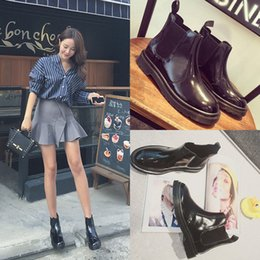 women boots Genuine leather shoes autumn and winter round toe shoes woman soft leather England styel martin motorcycles boots