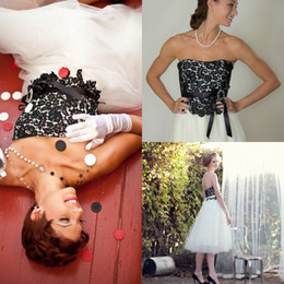 2019 New Black And White Wedding Dress Short Beach Wedding Dresses Sweetheart Lace Tulle Bridal Gowns Tea Length Custom Made