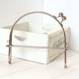Wholesale 15 cm handbag clutch frame Antique Silver metal frame kiss clasp bag purse handle parts for sewing