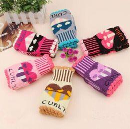 New Winter Women's Cute Heart Letters Gloves Lady Warm Mitten Fingerless Half Finger Girls Computer Gloves Knitting Woolen Hand Warmer