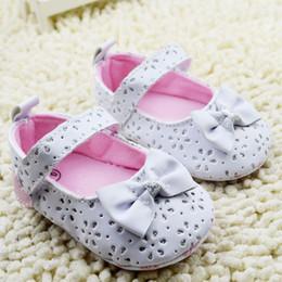 Wholesale 2015 New products newborn shoes cute bowknot infant princess shoe korean sweet style flowers paillette baby girls prewalker age ab1133