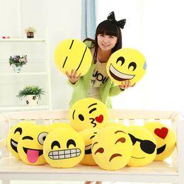 Wholesale EMS styles Diameter Cushion Cute Lovely Emoji Smiley Pillows Cartoon Cushion Pillows Yellow Round Pillow Stuffed Plush Toy