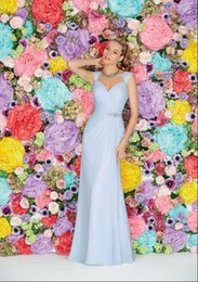 Wholesale Discount Ruffles Beaded Crystal A Line Light Blue Bridesmaid Dresses Floor Length Chiffon Ruched Prom Dresses