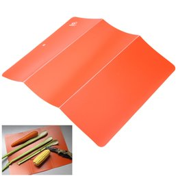 Wholesale 1PC Folding Ultra light PP Plastic Cutting Board Portable Outdoor Camping Kitchen Chopping Board Kitchen Accessory Y0064
