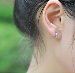 925 sterling silver earrings hypoallergenic earrings Korean cute female models glossy silver studs small ears ring