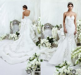 Wholesale Luxury Dar Sara Backless Wedding Dresses Beaded Embroidered Tiered Tulle Cathedral Bridal Gown with Royal Train and Bow