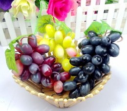 Wholesale Fashion Bunch Lifelike Artificial Grapes Raisins Plastic Fake Fruit Food Home Decor Decoration