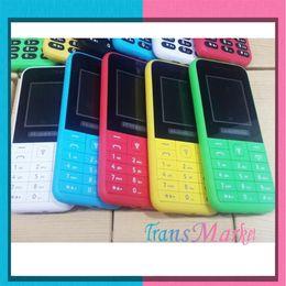 Acheter en ligne Couleur dual quad-Elder 2015 Cheap Mobile Phone W225 MP3 gens Dual SIM Big Screen Keyboard Président 1.77Inch Couleur fort Bluetooth Whatsap Quad Core Téléphone