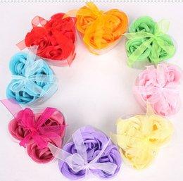 Wholesale Hot Sale New Delicate Toilet Soap Bath Soap Flower Rose Saop Heart Shaped Rose Soap Flower Set Valentine Day Gift