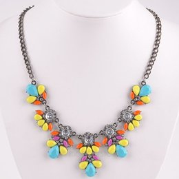 New 2015 Women Candy Color Fashion Flower Crystal Rhinestone Choker Necklace Short Statement Sweater Necklace Y60*MHM188#M5