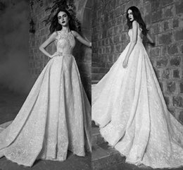 2016 Zuhair Murad Luxurious Arabic Wedding Dresses Crew Lace Beaded Gowns Stunning Vintage Bridal