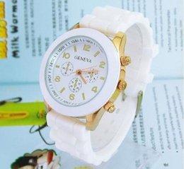 Wholesale post Coloful fashion casual Geneva Silicone quartz watch Ladies Jelly Sport wristwatch Woman dress brand watches