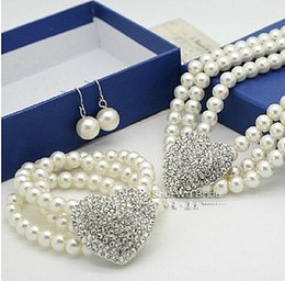 Fashion Rhodium Silver Plated Heart Wedding Jewelry Sets 3 Rows Cream Pearl Necklace Bracelet and Earrings Bridal Jewellery Sets