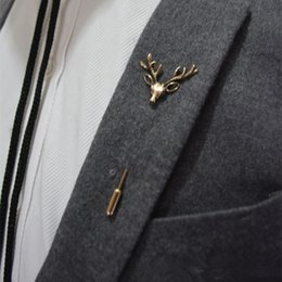 Wholesale New Brand Design Men Retro Brooch Popular Plug Deer brooch Pins Collar Pin Up Accessory Unisex Suit Badge Brooch Jewelry