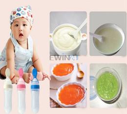 Wholesale Hot Selling Silicane Gel Spoon Infant Feeding Bottle Feeder Food Supplement Rice Cereal Spoon Rice Cereal Bottle for Baby